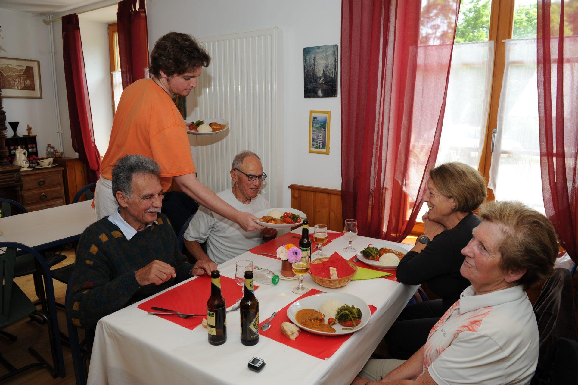 Auberge de la Clausmatt, Association Espoir Colmar, Association humanitaire Alsace, Association Colmar, Hébergement Colmar